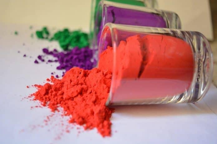 Color Holi